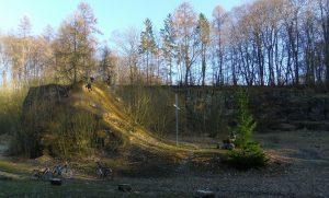 Steinbruch am Heimathaus Hollager Hof