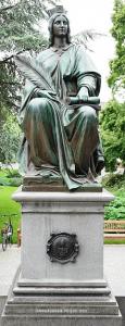 Quelle: Wikipedia Allegorie Augsburger Frieden 1555, Teil des Lutherdenkmals in Worms